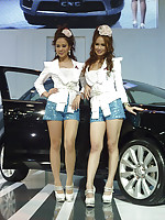 Pretty Thai models pose at the Bangkok autoshow