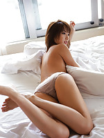 Stunning asian beauty allures with her perfect petite body