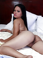 Darling offers us her big and firm natural tits and her tasty brown love orifices