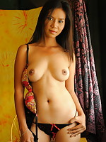 Splendid Filipina girl showing her mouth watering naked body