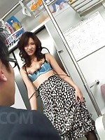 Yuu Shiraishi Asian in black stockings has slit licked and rubbed