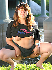 Hot overweight schoolgirl gets all naked alfresco