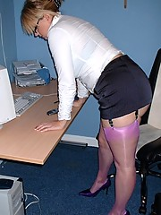 Big ass secretary in purple nylon stockings