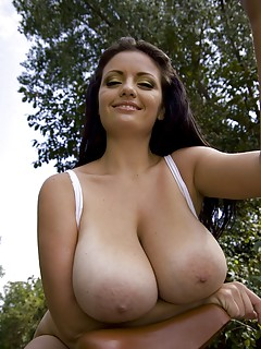 Big Tits Outdoor Pictures