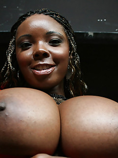 Free Ebony Big Tits Galleries