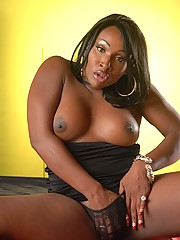 Ebony Lady Godiva posing her hot juicy booty