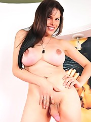 Bianca Soares shows hard cock