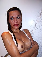 Beautiful Vivian Taking A Cold Shower