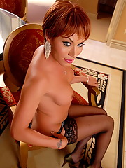 Super Hot Mia Isabella Posing In Vegas