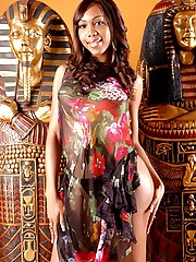 Sexxxy Jade in an Egypt setting