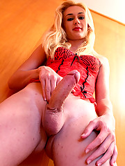 Fernanda Rios is a newbie from near Sao Paulo. She was very horny, but a little shy, so Frank had to help her out a little to get the cum flying!