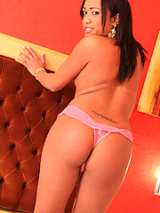 Brunette tranny Sabrina Beaulty has such a voracious sexual appetite, you\