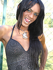 Kawanna is an extremely horny tranny from Sao Paulo. She\