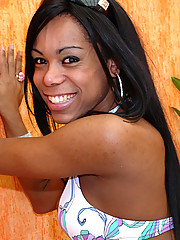Priscilla is a t-babe from Rio Grande do Sul. She\