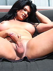 Chubby tranny shows off her body outdoors