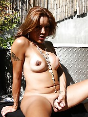 Seductive tgirl Belen Ponce stripping and posing