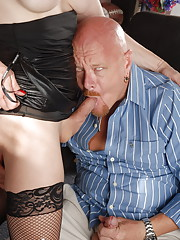 Super hot TMILF Jasmine Jewels getting assfucked