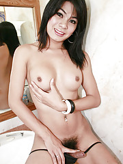 Gorgeous ladyboy from Pooks bar in Pattaya