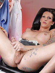 Seductive transsexual doctor Morgan posing
