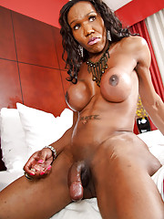 Hot ebony TS masturbating