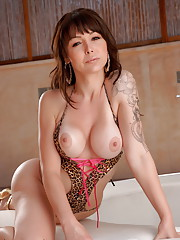 Gorgeous Danielle Foxxx exposing her goods by the poolside