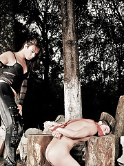 Kinky shemale domme controls her submissive