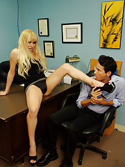 Dirty tgirl Jesse playing with her new assistant