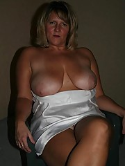 Saggy titted temptress