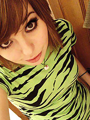 Pictures of camwhoring emo and punk babes
