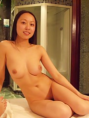 Pictures of two Asian GFs posing naked