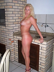 Hot-looking housewives posing naked