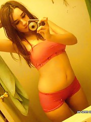 Picture collection of a heavy-chested cutie camwhoring
