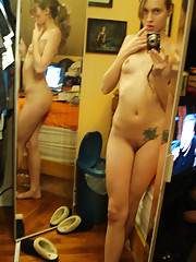 Picture set of amateur playful camwhores