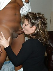 amateur interracial kiss