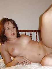 Picture gallery of an amateur naked chick finger-fucking her twat