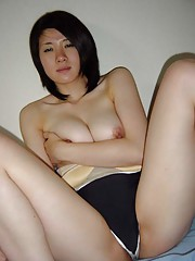Picture selection of an amateur Singaporean hottie who got naughty