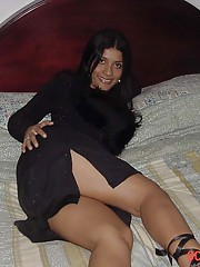 Picture collection of two steamy hot amateur Spanish chicks