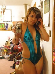 Photo selection of an amateur Latina hottie camwhoring
