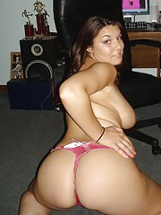 Photo gallery of a lovely chubby amateur babe