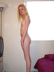 Skinny model Justina sends in her nude audition pics