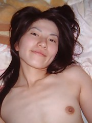 Photo gallery of amateur naughty Malaysian chick posing