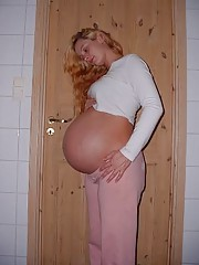 Real real life pregnant girlfriends giving a head