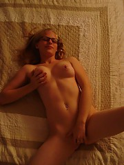Pictures of horny amateur honeys pussy-playing on cam