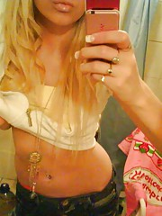 Amateur sexy kinky emo blondie self-shooting