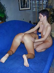 Two amateur naked lesbos having fun on the couch